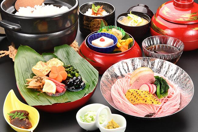 春日野素麺膳(三輪山勝製麺一筋縄コラボ)
